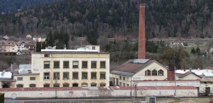 usine_val_de_travers
