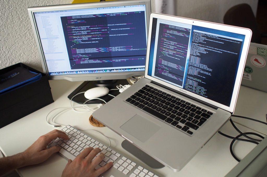 ecodev geek et code source et terminal